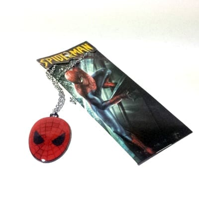 Collar Metálico Spider Man TooGEEK Spider Man Marvel Máscara