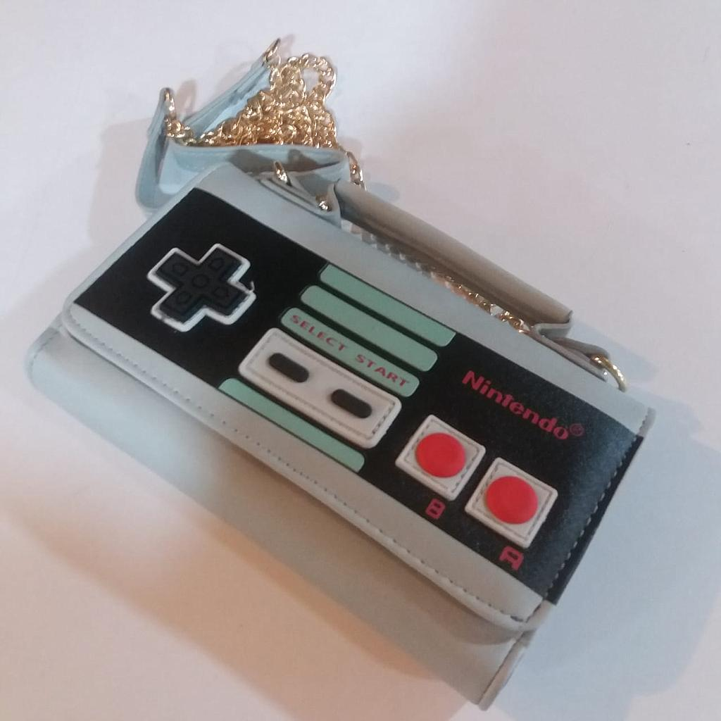 Bolso Control NES PT Nintendo Videojuegos Tipo Cartera (Copia)