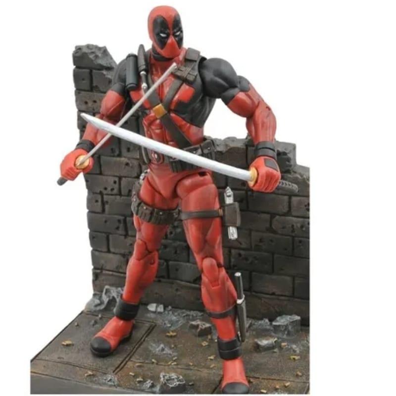 Figura Deadpool  articulado espada y arrnas intercambiables Marvel Comics Accesorios y base (Imitacion)