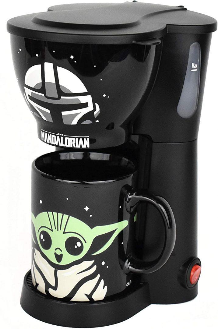 Cafetera con taza The Mandalorian  Star Wars (Baby Yoda - Grogu)