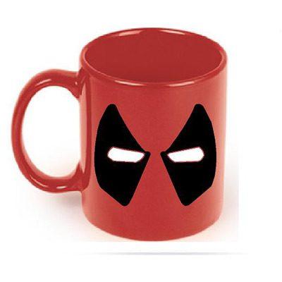 Mug Tallado en Cerámica Ojos Deadpool TooGEEK Deadpool Marvel