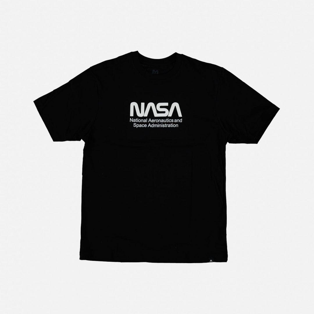 CAMISETA Nasa Mic Movies Ciencia Hombre Color Negro Con Logo Blanco Talla S