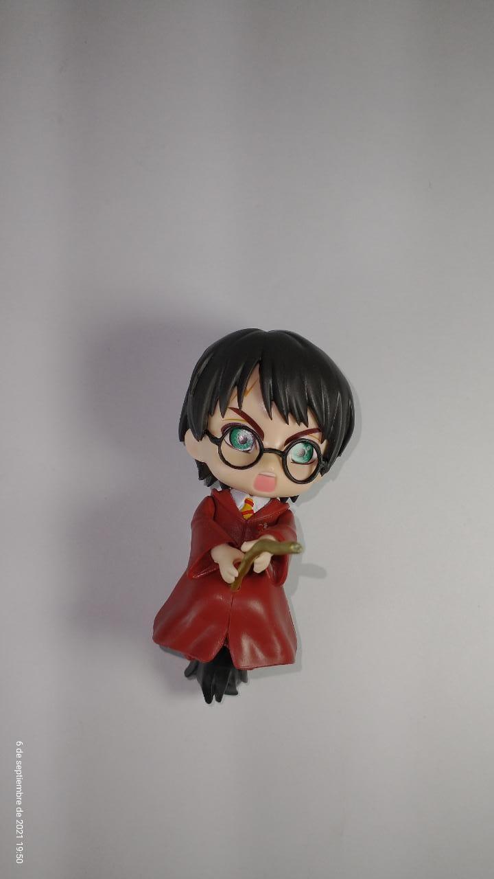 Figura Harry Harry Potter Fantasía Base Negra Traje Vino Tinto